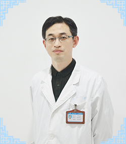主任医师、镇江康复眼科医院副院长